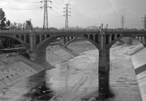 Los_Angeles_River_Bridge_B&W