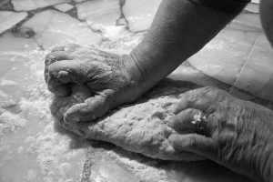hands-mass-kitchen-flour-knead-bread